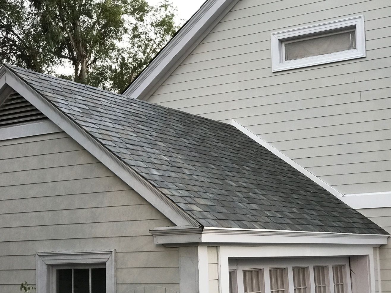 Believe It Or Not This Roof Is Solar Solar Tiles Solar Roof Tiles Solar Roof
