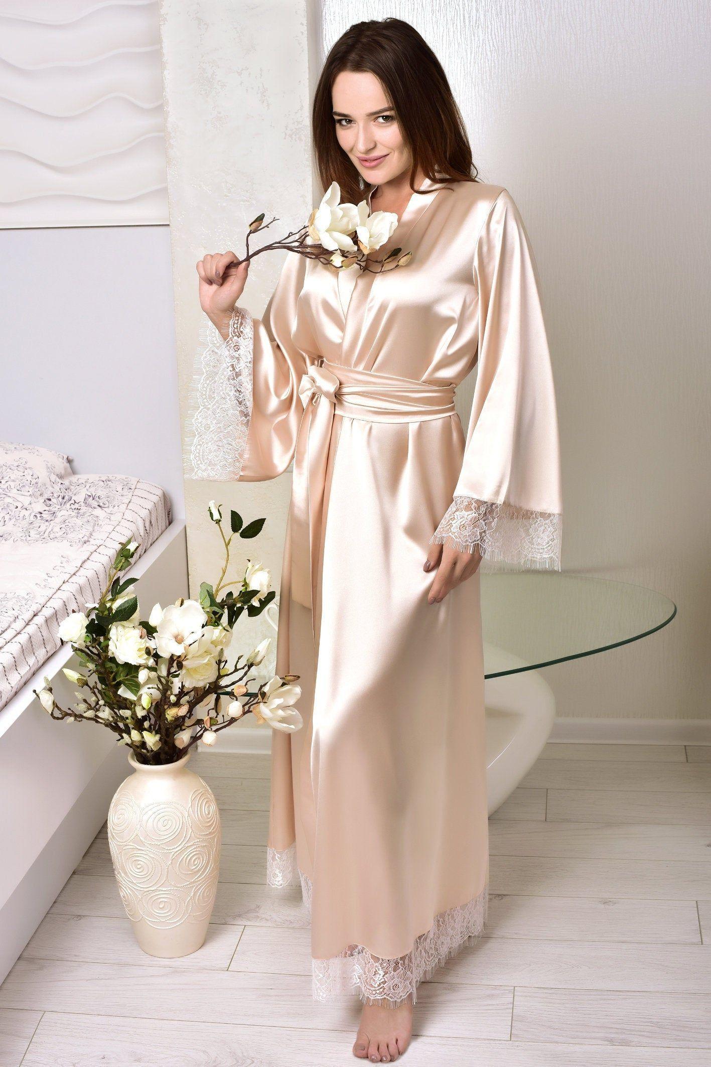 Satin Personalisierte Hochzeit Robe Brautjungfer Braut Brautigam Mutter Seide Morgenmantel Silk Dressing Gown Wedding Day Robes Bride Dressing Gown