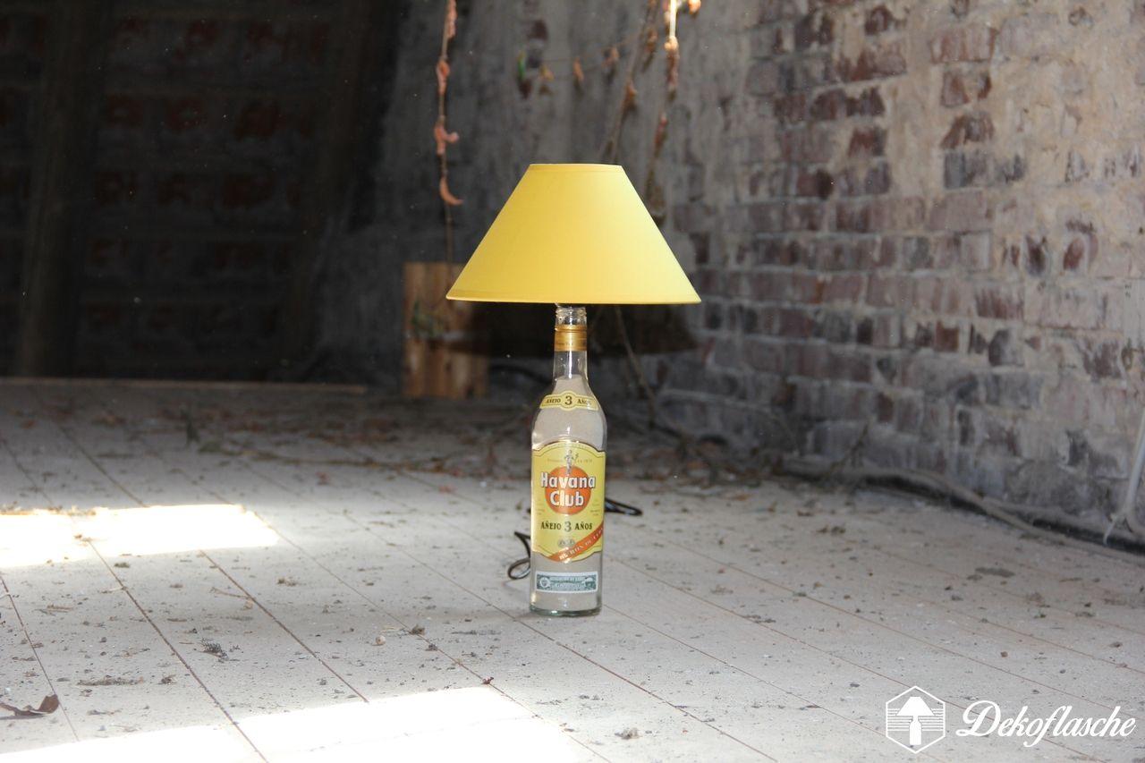 Havana Club 2 Jahre Flaschenlampe Handmade Bottlelamp Handgemachte Dekoflasche Gelber Schirm Flaschenlampe Lampe Flaschen