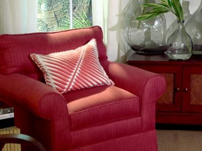 Cozy red chair | Design | Pinterest | Living room decorating ideas ...