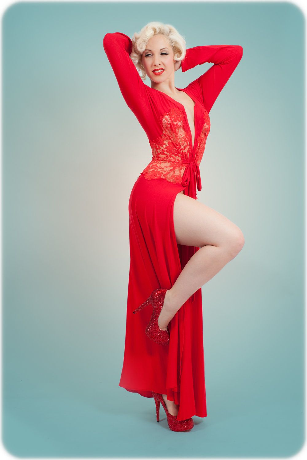the nell robe red robe dressing gown inspired by marilyn monroe pin up girl retro vintage. Black Bedroom Furniture Sets. Home Design Ideas