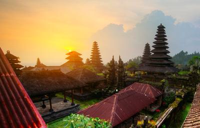 EARLY BIRD TILBUD: SPAR 500,00 kr. | Yoga- og meditationsrejse til Bali | 24. november - 1. december 2014 - Munonne