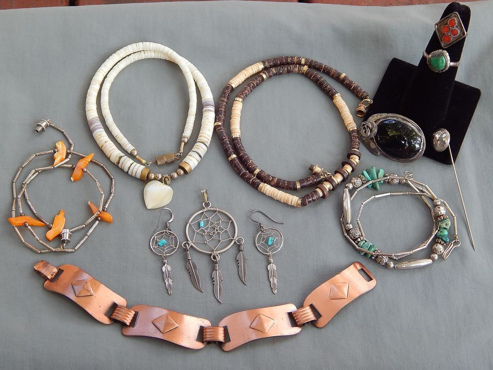 11 PC Vintage Southwestern Jewelry Lot Silver MOP Turquoise Heishi Fetish Copper