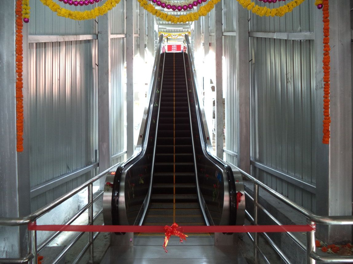 Indian Railways Is Modernizing Rail Stations With Vertical Transportation Equipment And Manufacturers Are Reaping The Rewards Elevation Indian Railways Modern