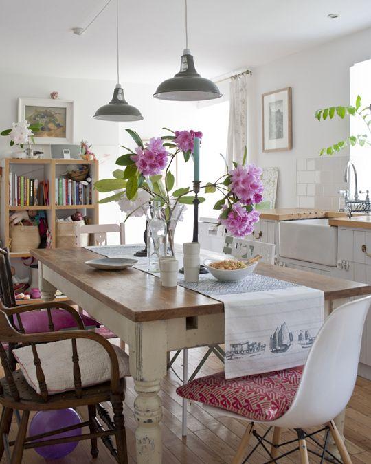 20 Beautiful Bohemian Dining Rooms We Love Bohemian Dining Room Mid Century Dining Room Dining Room Blue