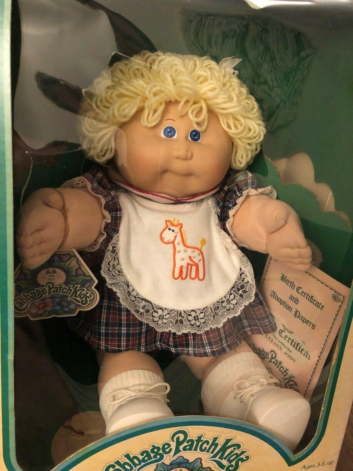 1983 Cabbage Patch Kids Short Blonde Leeann Jody In Original Box 76930039007 Ebay Cabbage Patch Kids Cabbage Patch Kids Dolls Patch Kids