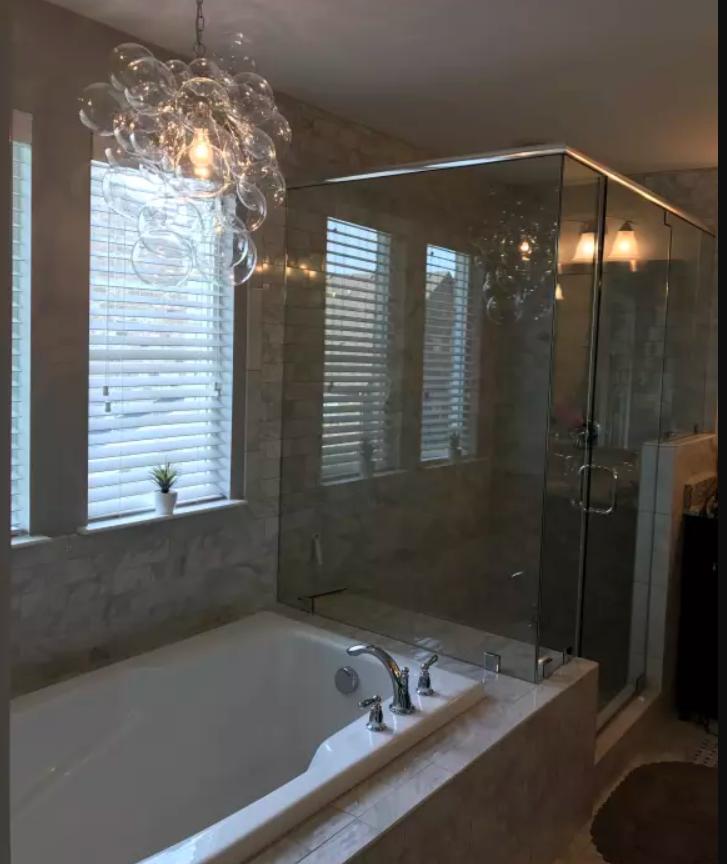 Bubble Pendant Lamp Could Be Cute Above Bathtub Bathroom Interior Design Lighting Design Interior Bathroom Interior