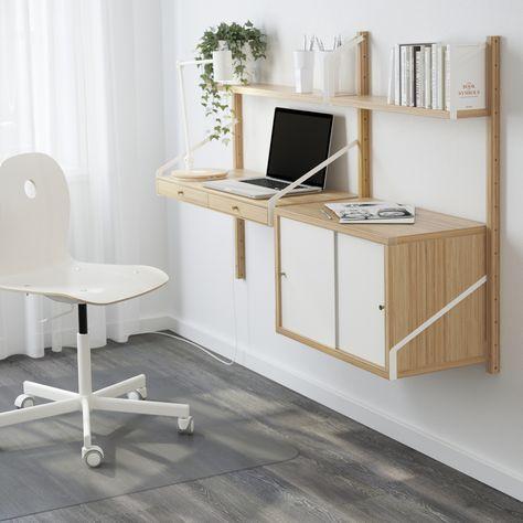 SVALNÄS wandwerkplekcombinatie | IKEA IKEAnl IKEAnederland werkplek werkspot studeren werken studeerplek werkkamer kamer woonkamer werk kantoor inspiratie wooninspiratie interieur wooninterieur hout berken bureaustoel