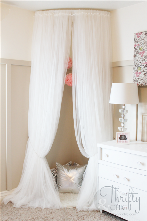 12 diy canopy beds that will turn your bedroom into a - Canopy bed ideas for adults ...