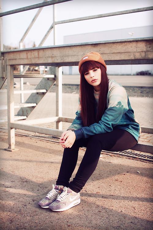 Girls wearing sneakers liberylondon collab. nike Air