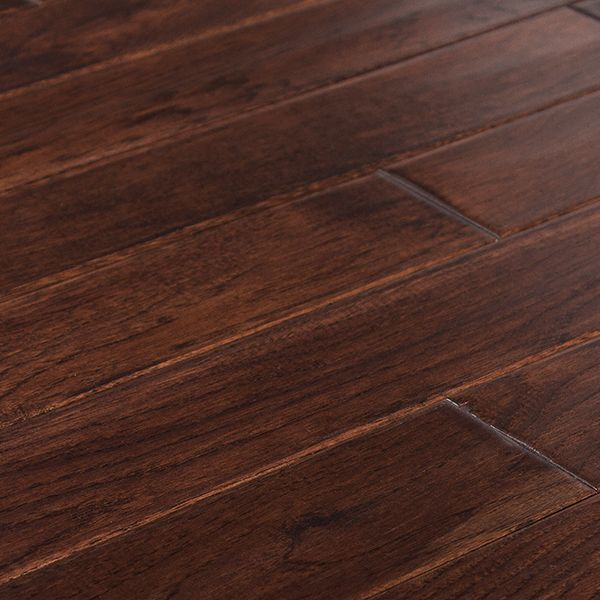 Unique Grains And Beveled Edges Make This Hardwood A Popular Choice Columbia Flooring Claremont Hickory