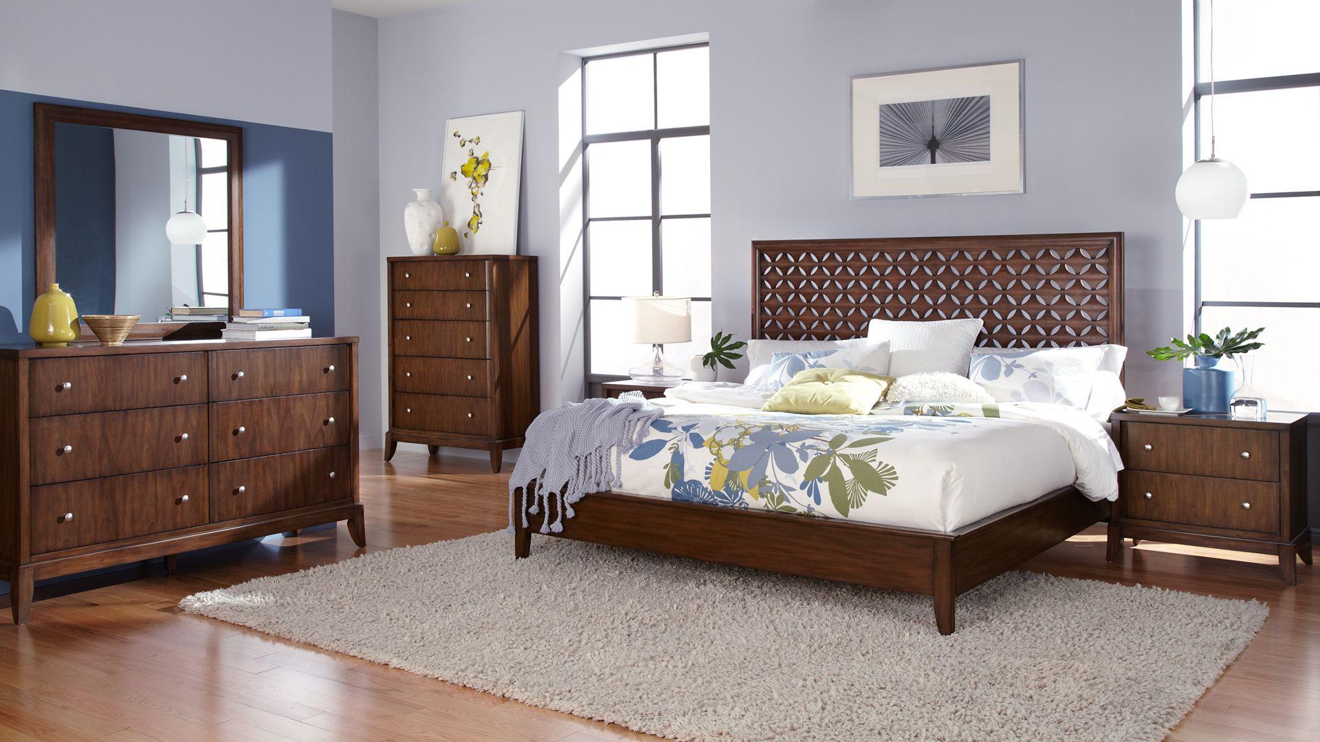 . Casana Furniture  Avalon Wood Panel Platform Bed  452 on Direct Buy
