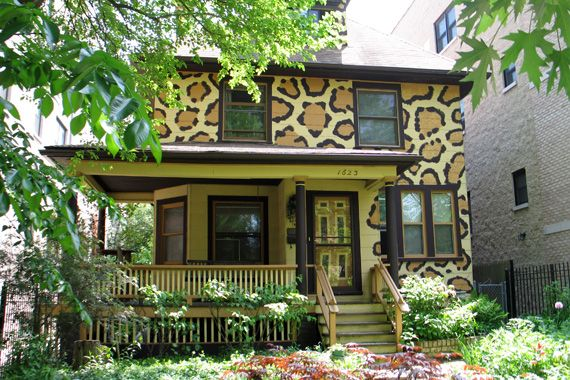 Exterior House Colors That Really Pop!: Urban Jungle | Pinterest ...