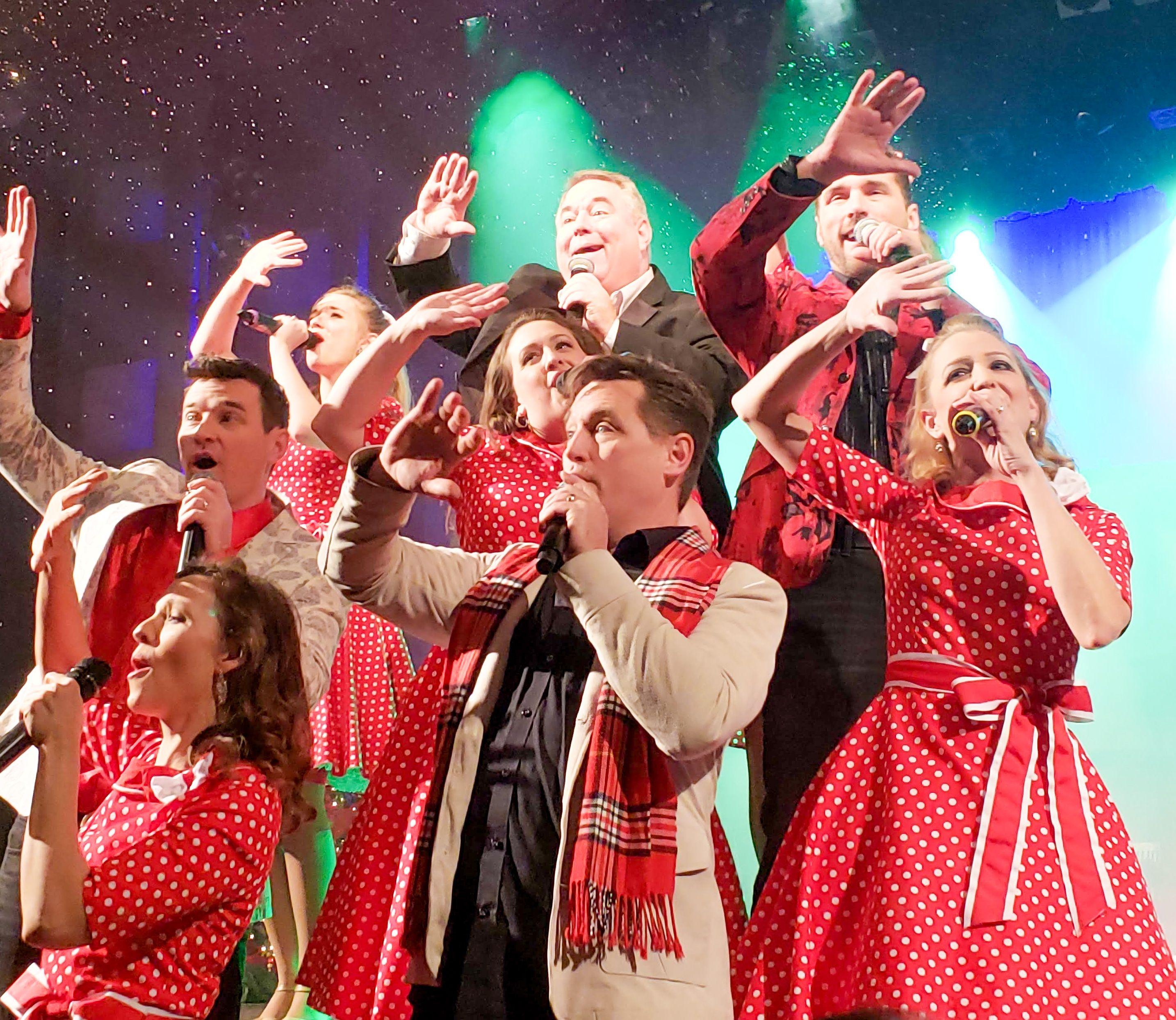 8 Spectacular Christmas Shows In Branson Ozark Mountain Christmas