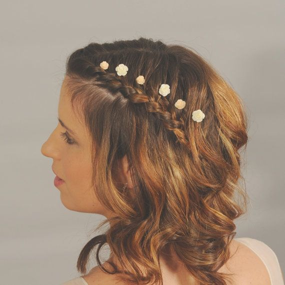 Ivory flower hairpins. Small wedding hair by HappyDayBridal, £9.95