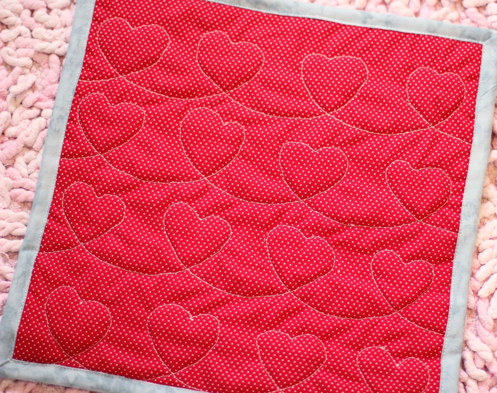 #colormyheart http://janainamachado.blogspot.com/2014/09/far-far-away-giveaway-couple-of-hearts.html