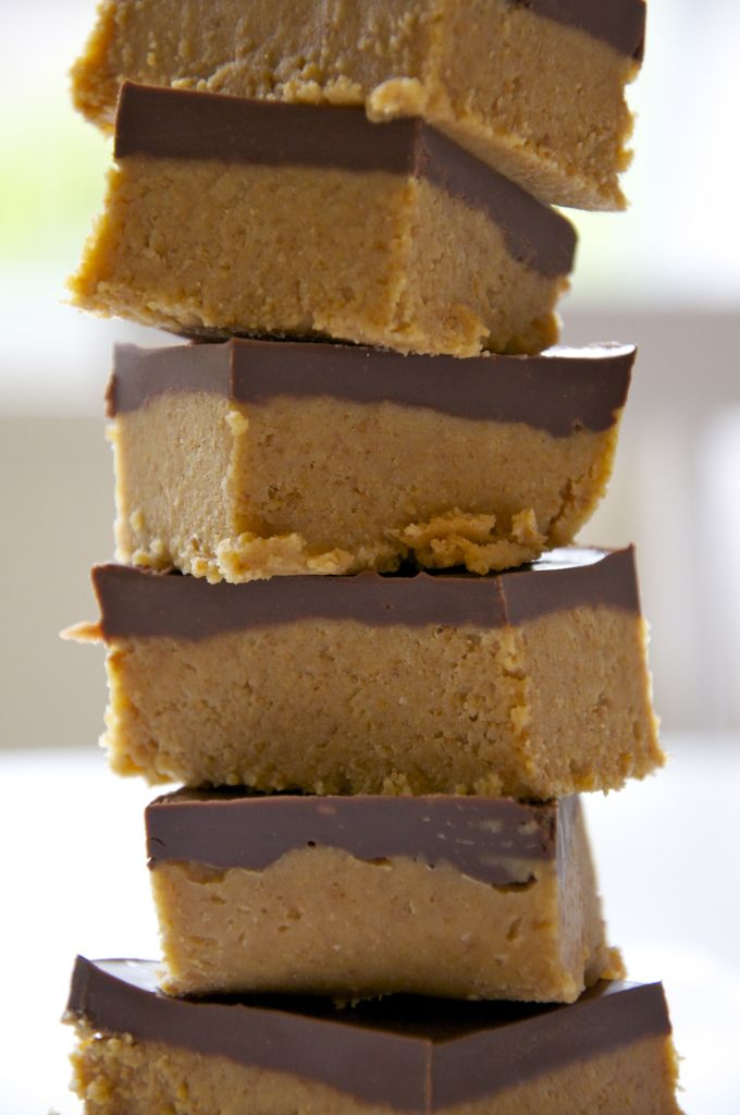 Reese's Peanut Butter Bars  Dinner party treat: check!