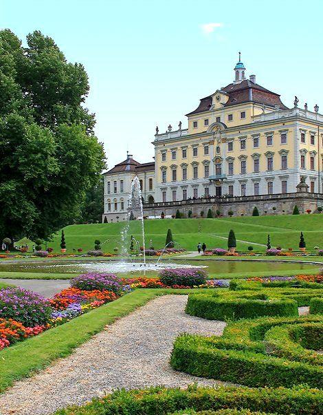 Ludwigsburg Palace Stuttgart Baden Wurttemberg Germany Deutschland Burgen Burgen Und Schlosser Parks