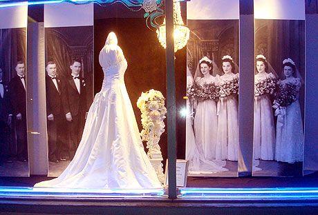 Wedding dresses in Willits