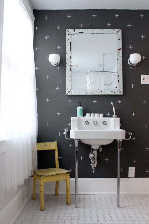 Decoration Ideas: Extraordinary Chalkboard Paint Bathroom Wall Design  Interior With Retro Vanity Furnishings In Addition To Small Wall Mirror  Decor
