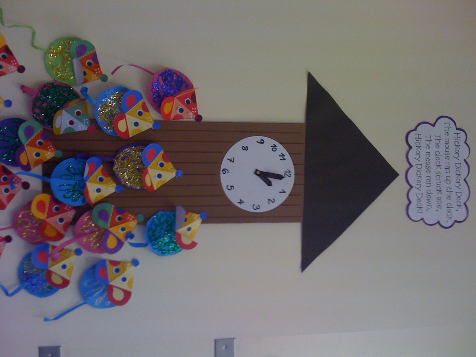 Hickory Dickory Dock A Great Rhyme For Learning Numbers 1