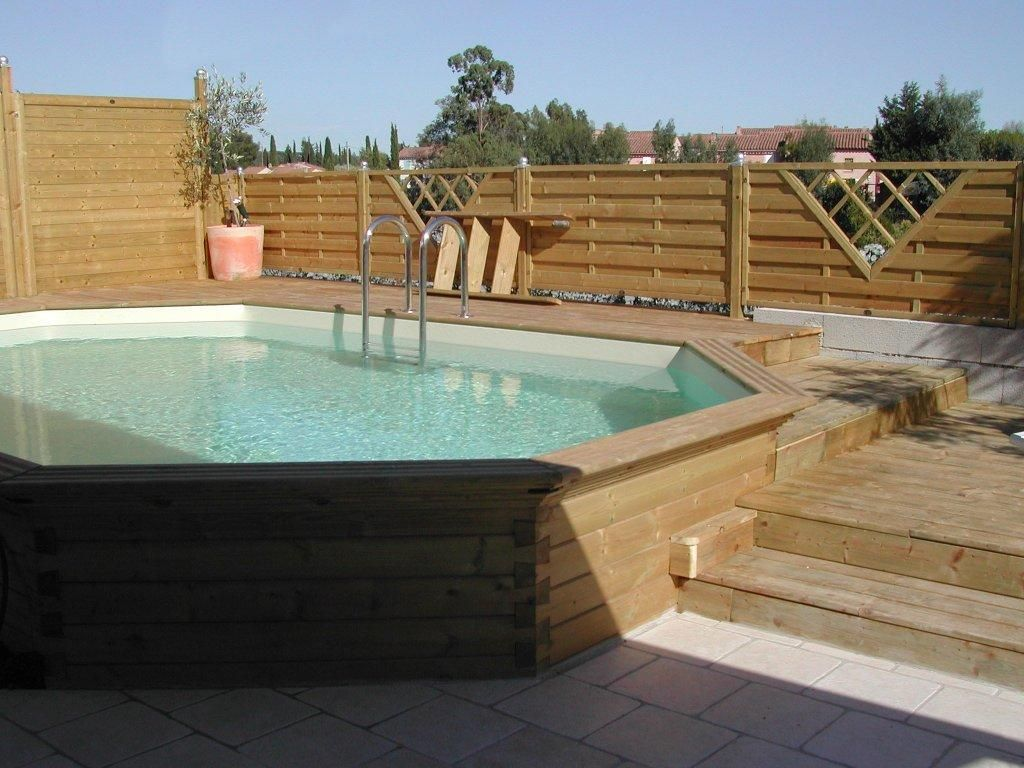 Piscine hors sol semi enterr e piscine pinterest for Petite piscine bois semi enterree