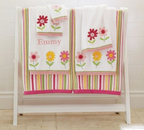 Emi Daisy Towels Pottery Barn Kids Kids Bath Towel Bed