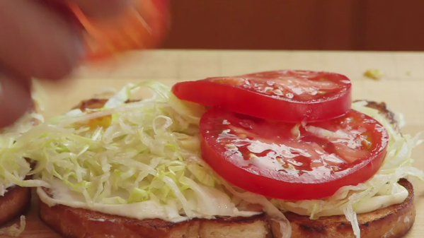 RT @TheFoodLab: The most important step in any tomato sandwich. Without this all else is for naught. https://t.co/wksEYn3Q1E