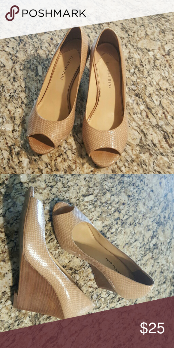 426399a5b Tan snake skin texture wedges Very good used condition