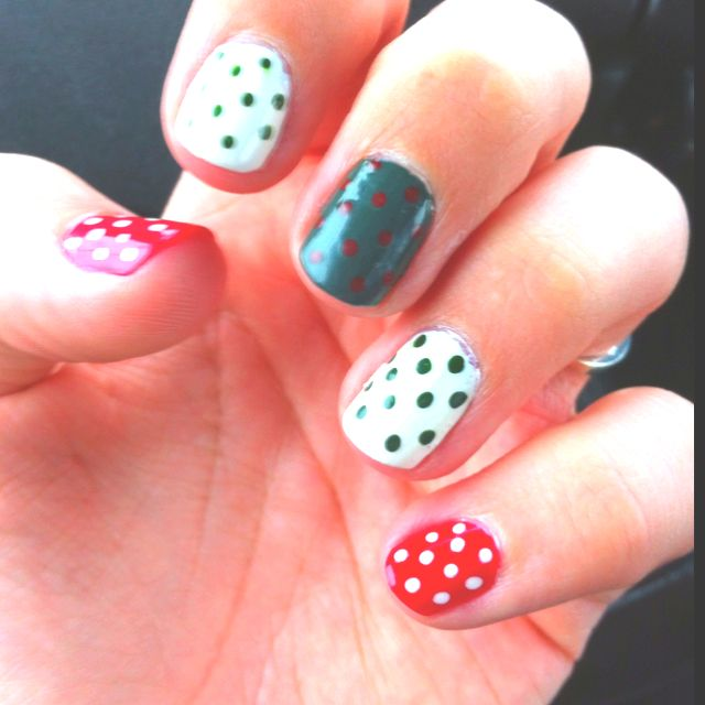Easy Christmas nails! | Nails | Pinterest | Easy christmas nails and ...