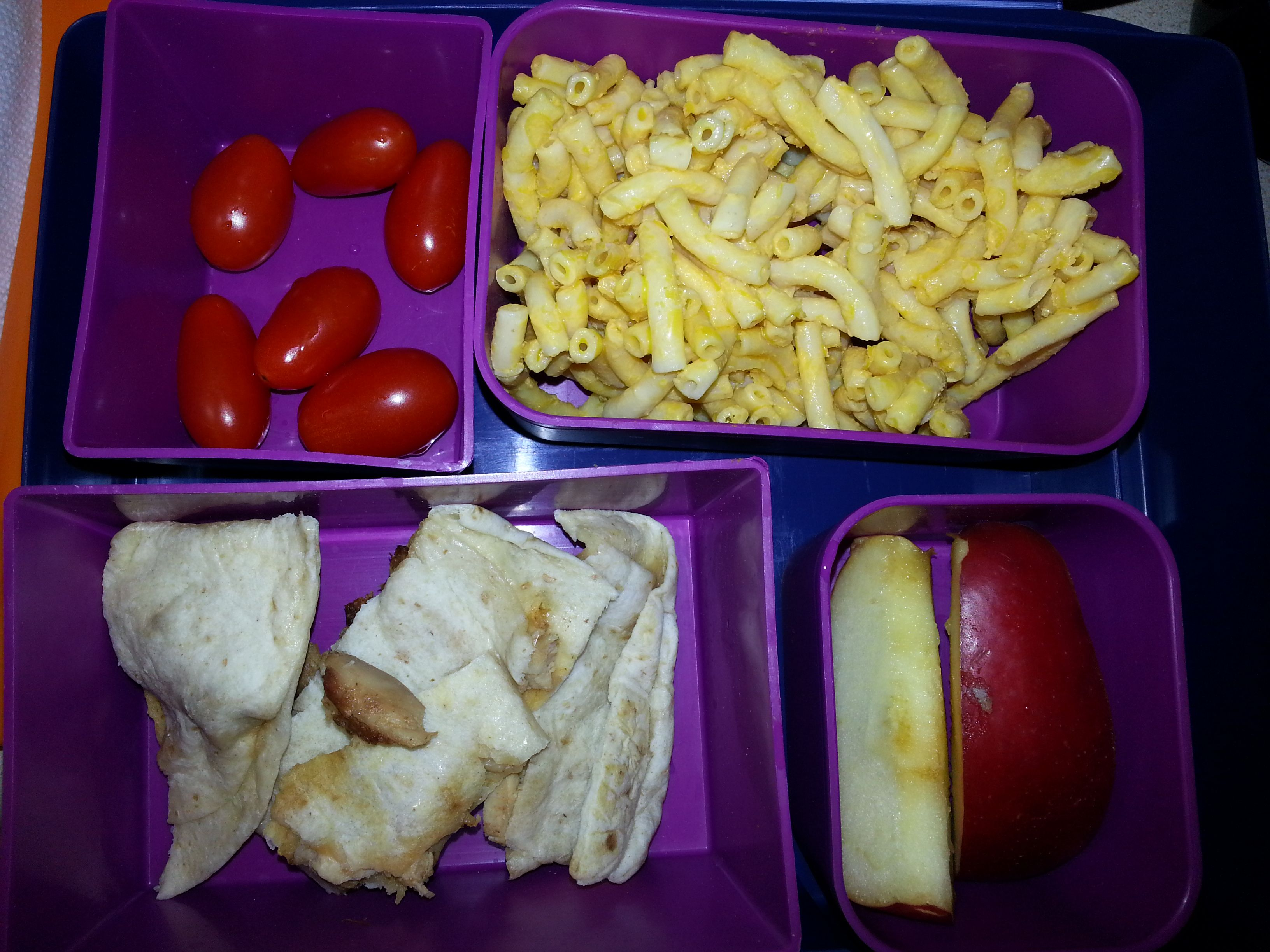 Kid Bento Lunch -Grape Tomatoes -Annie's Mac 'n Cheese -Leftover Quesadilla -Apple Slices