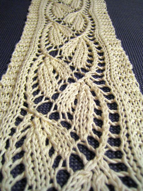 Dayflower Lace Scarf by tohveli, via Flickr free pattern www.ravelry ...