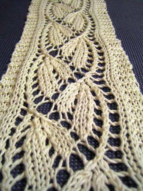 Dayflower Lace Scarf by tohveli, via Flickr free pattern www.ravelry ...