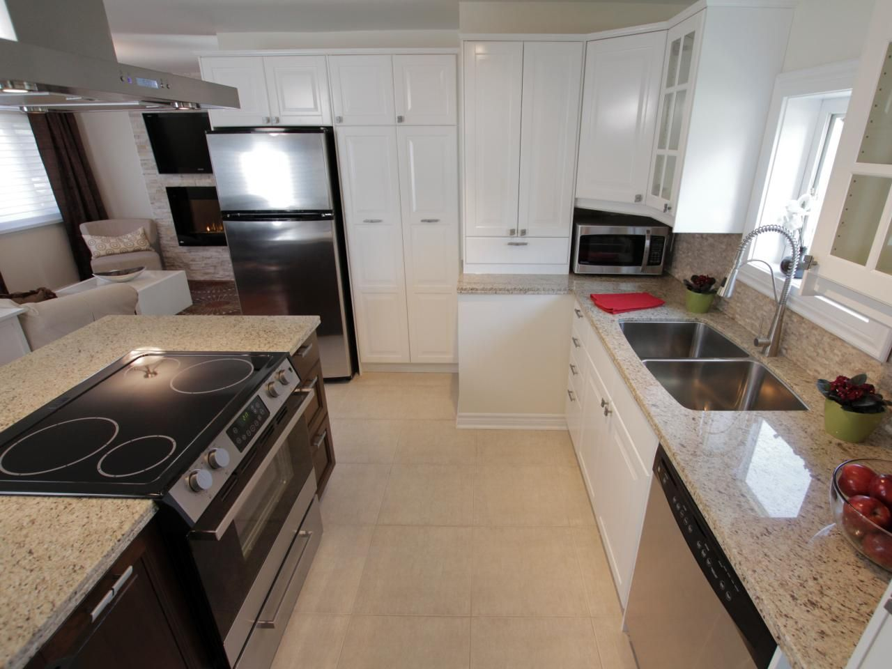 Contemporary White L Shaped Kitchen Small Kitchen Makeovers