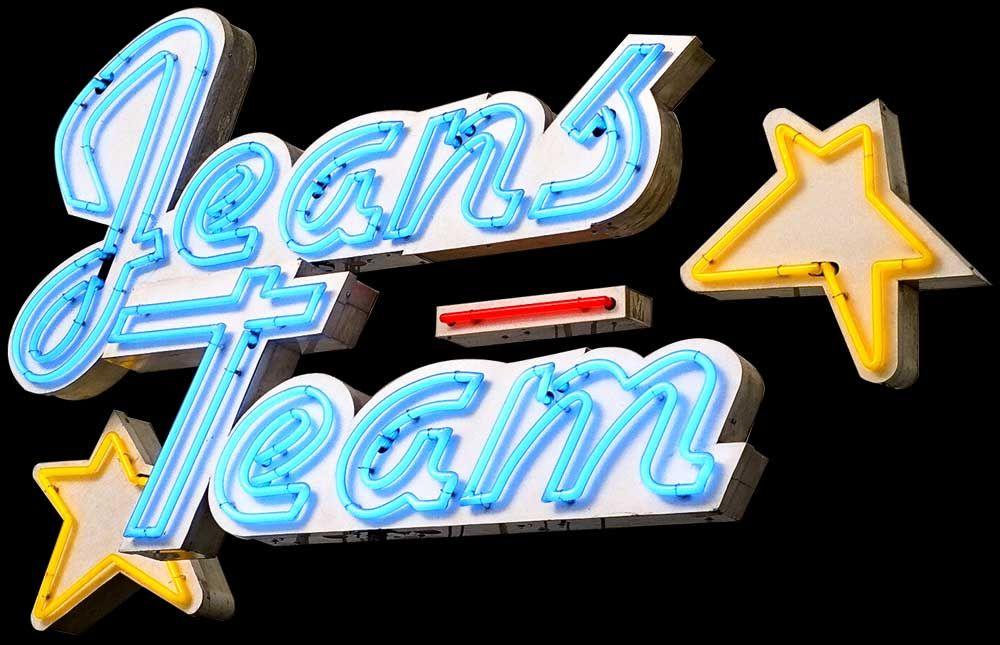 Jeans Team Neonreklame