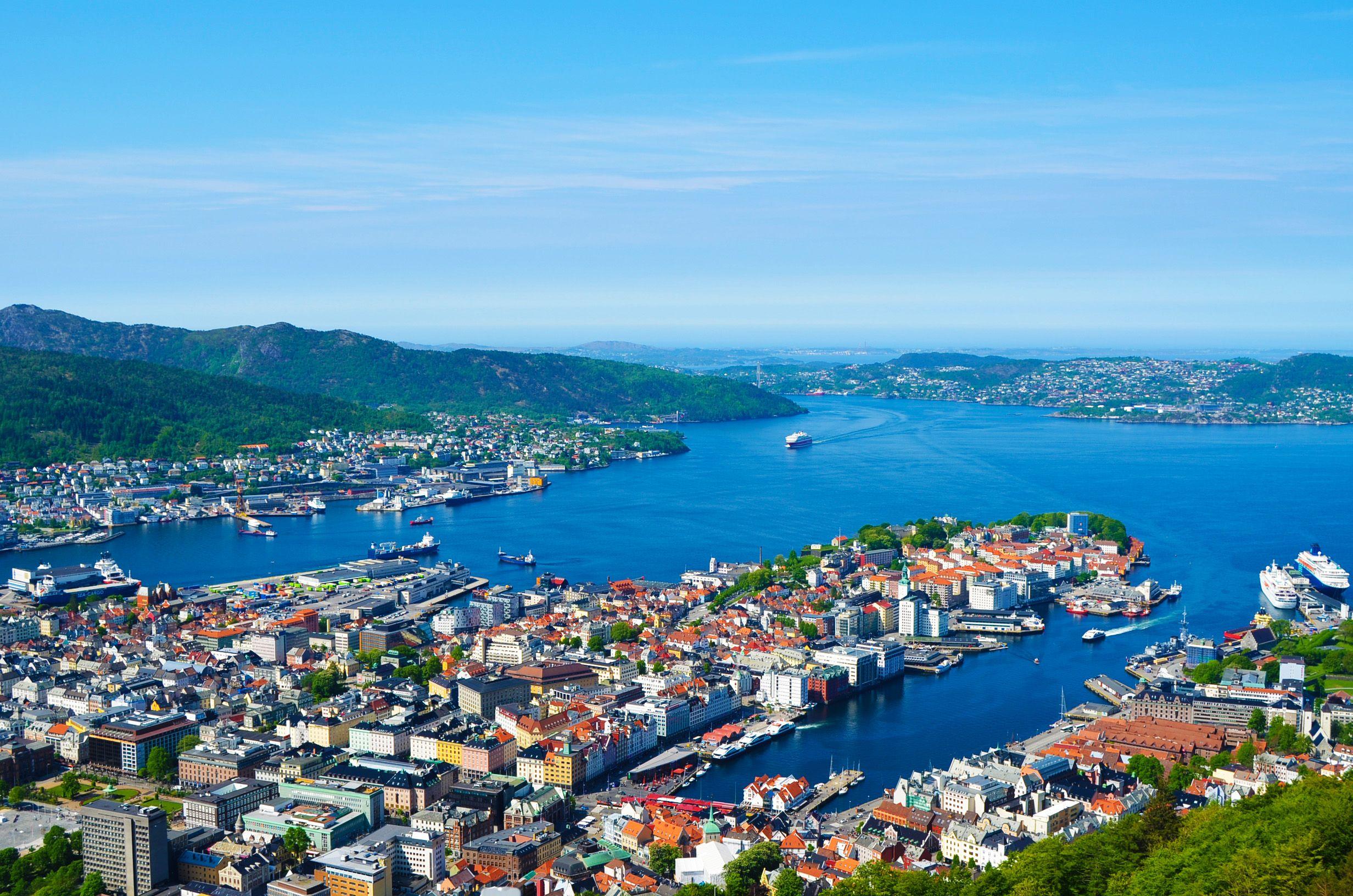 Vistas de Bergen desde Funicular Floibanen