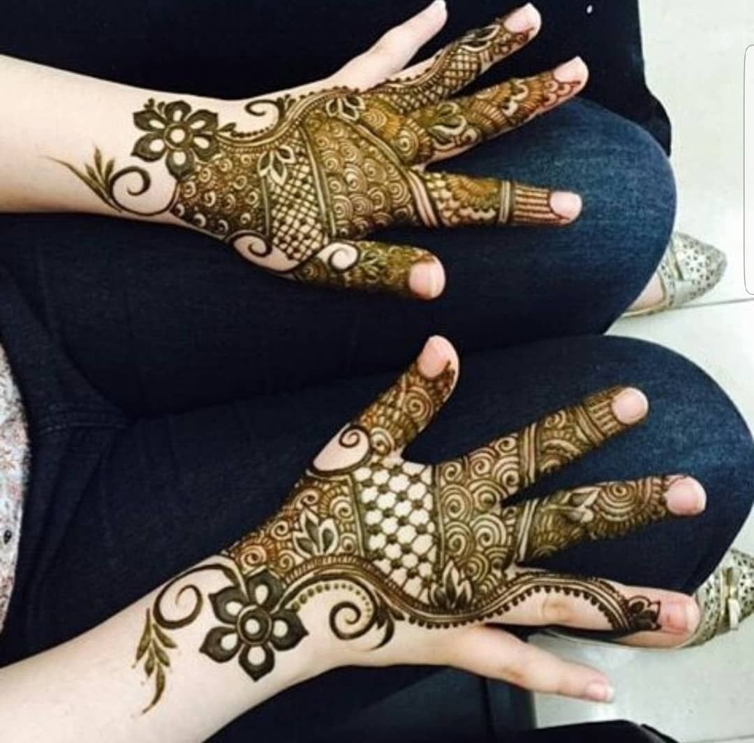Book Your Appointment For Weekend Call Or Whtspp 66395939 Henna Kuwait عروس حنه احمر نقش حنه خدمت Bridal Mehendi Designs Hands Henna Hand Tattoo Hand Tattoos