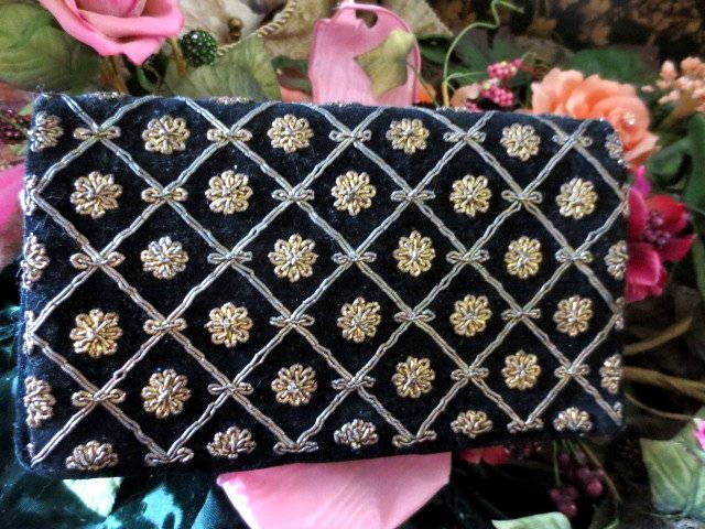 Vintage black velvet beaded purse by EmporiumofTreasures on Etsy