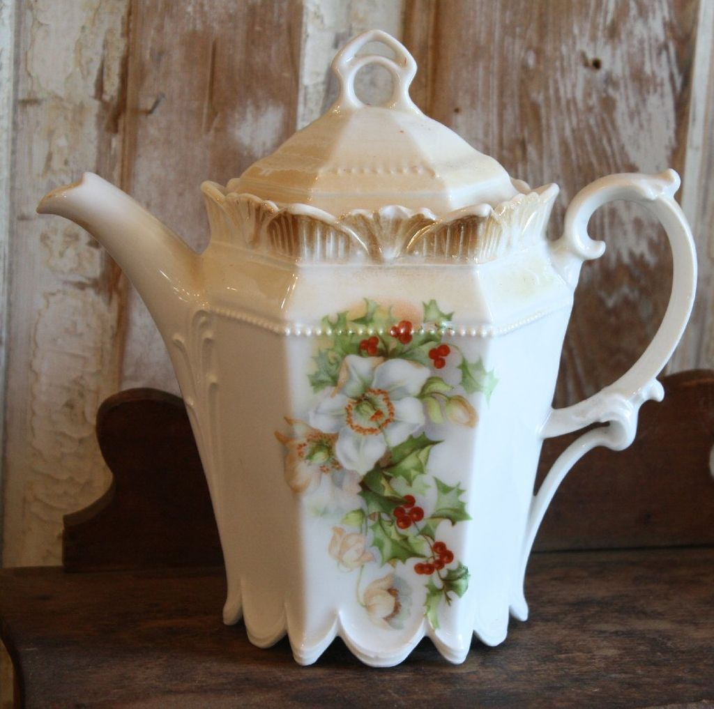 Beautiful Teapot Beautiful Antique China Tea Pot Christmas Rose And Holly