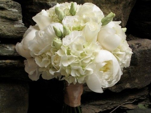 White Peonies Hydrangea Roses And Lisianthus For A June Wedding White Peonies Bouquet White Wedding Bouquets Hydrangea Bouquet Wedding