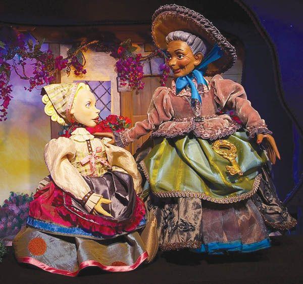 Zanzibar Fairytale Puppets