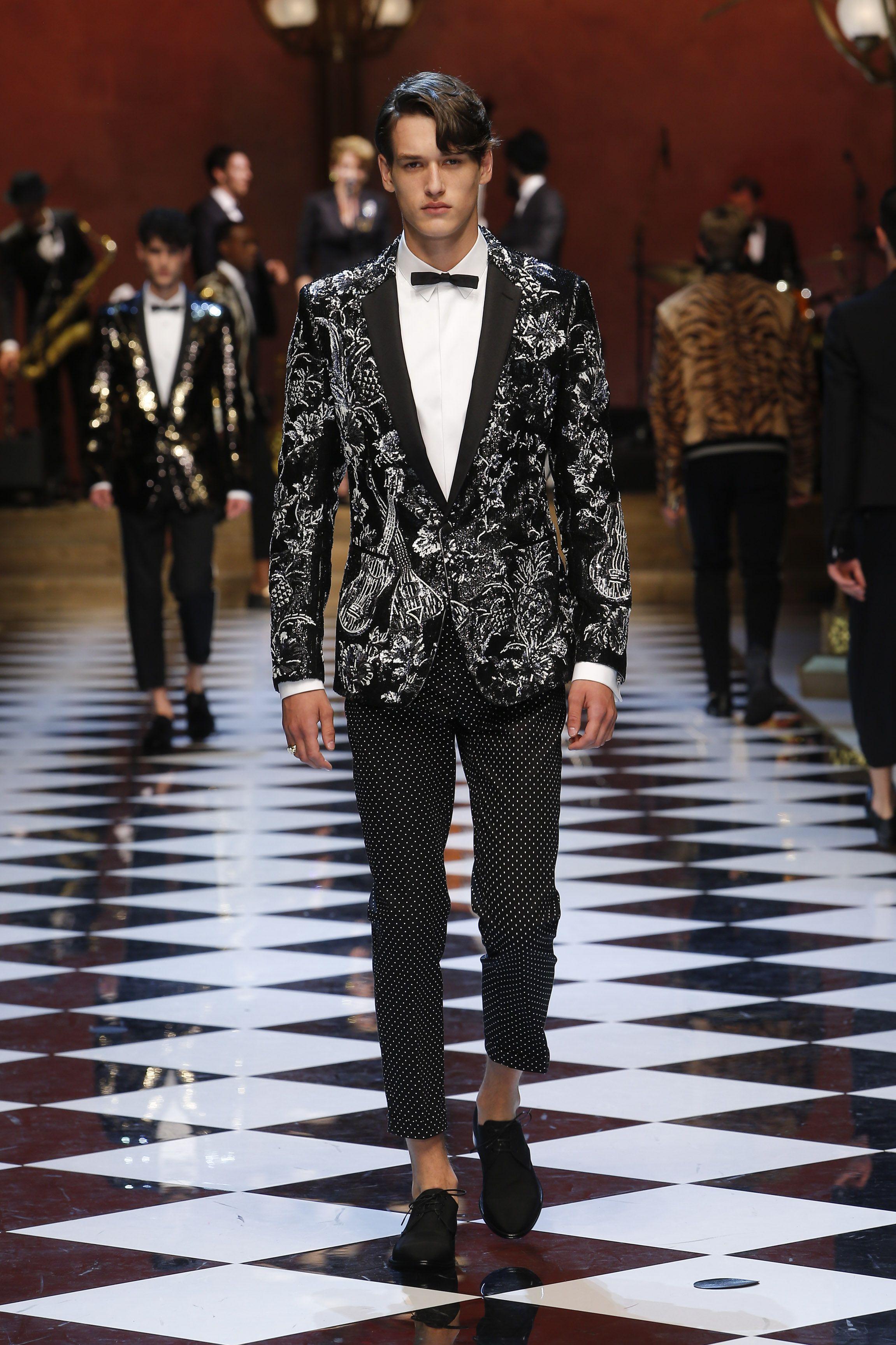 3366b444ac Dolce Gabbana Summer 2017 Men s Fashion Show. www.dolcegabbana.com ...