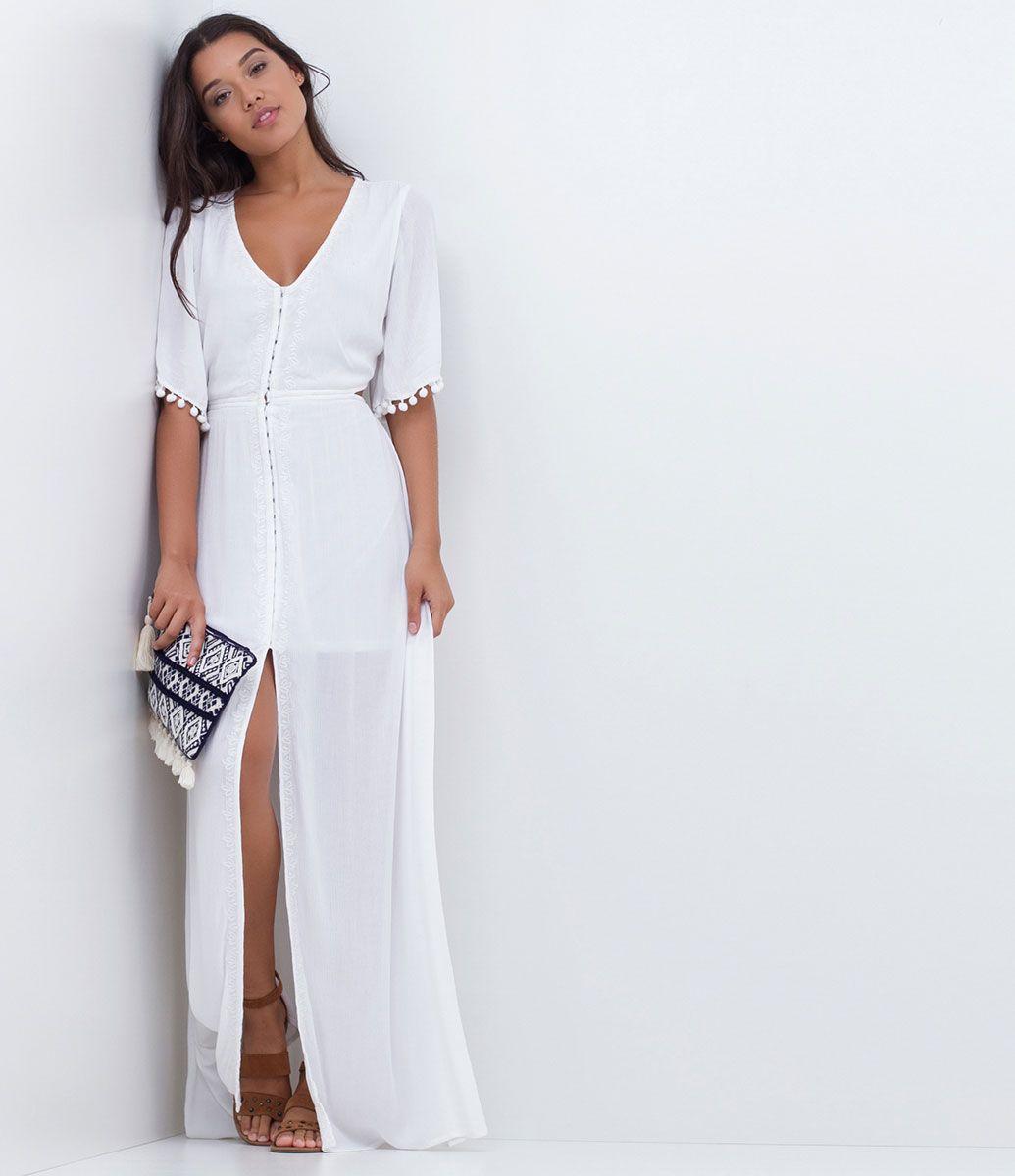 c3155dba9 Vestido feminino Modelo longo Sem mangas Com recortes Com bordado ...