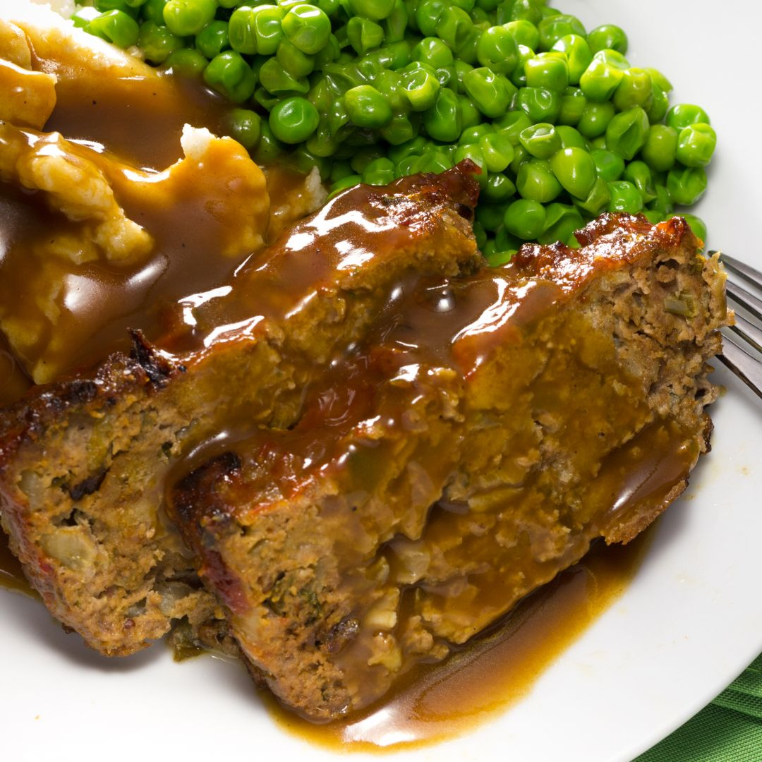 Classic Savory Meatloaf Delicious Meatloaf Recipes Meatloaf With Gravy