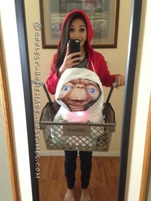 15 DIY u002790s Movie Character Halloween Costume Ideas For Girls | Gurl.com  sc 1 st  Pinterest & 15 Movie Character DIY Halloween Costumes Only True u002790s Girls Will ...