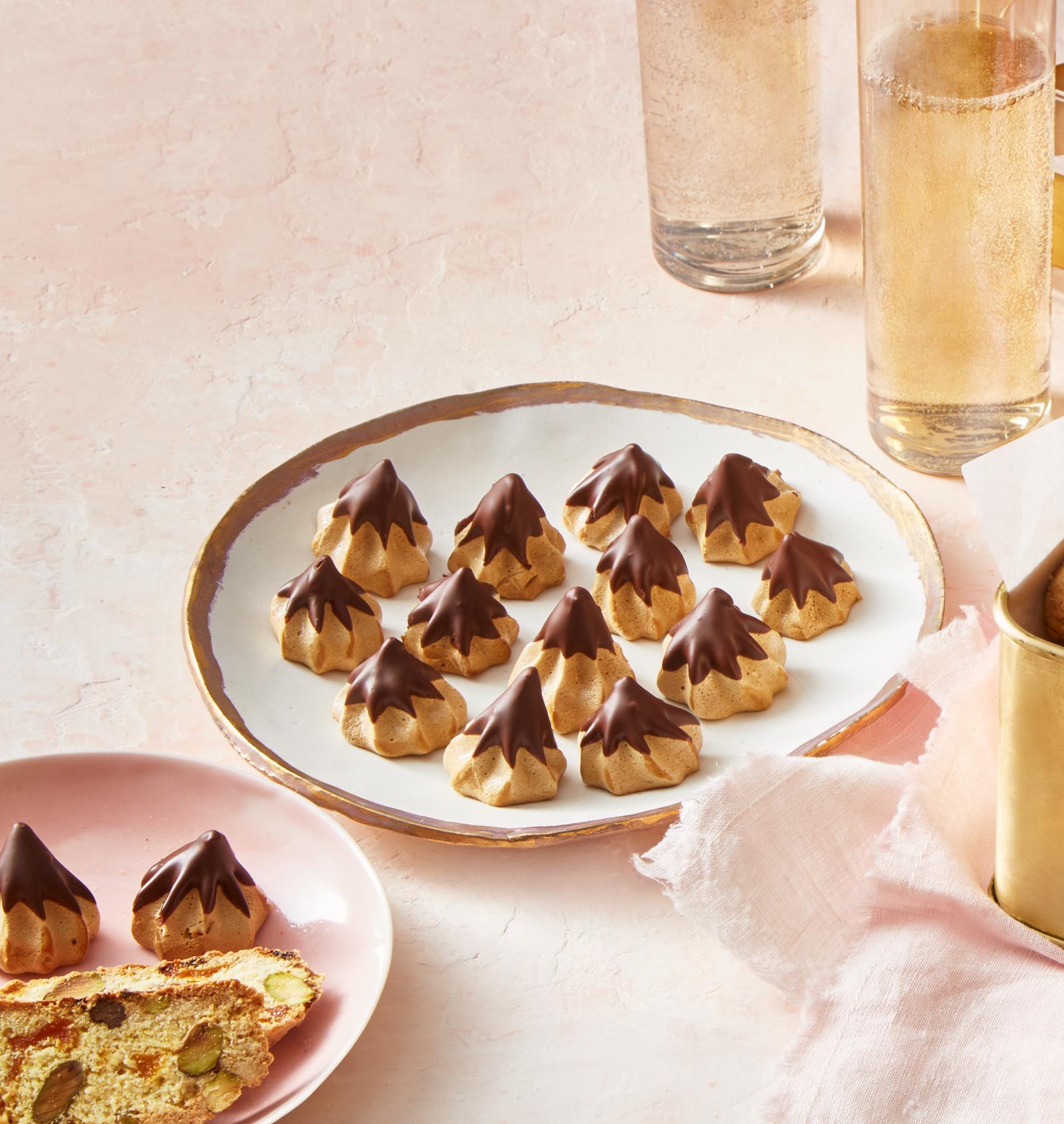 16 Insanely Healthy Recipes That Are Delicious: Mocha Meringue Cookies