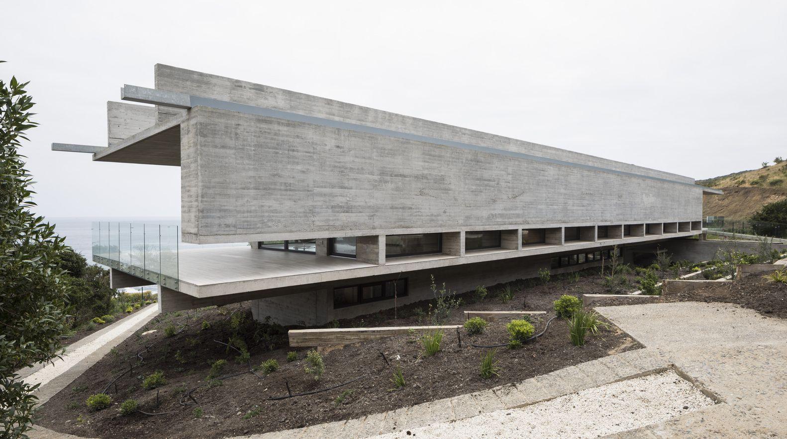 Gallery of House H / Felipe Assadi Arquitectos 12
