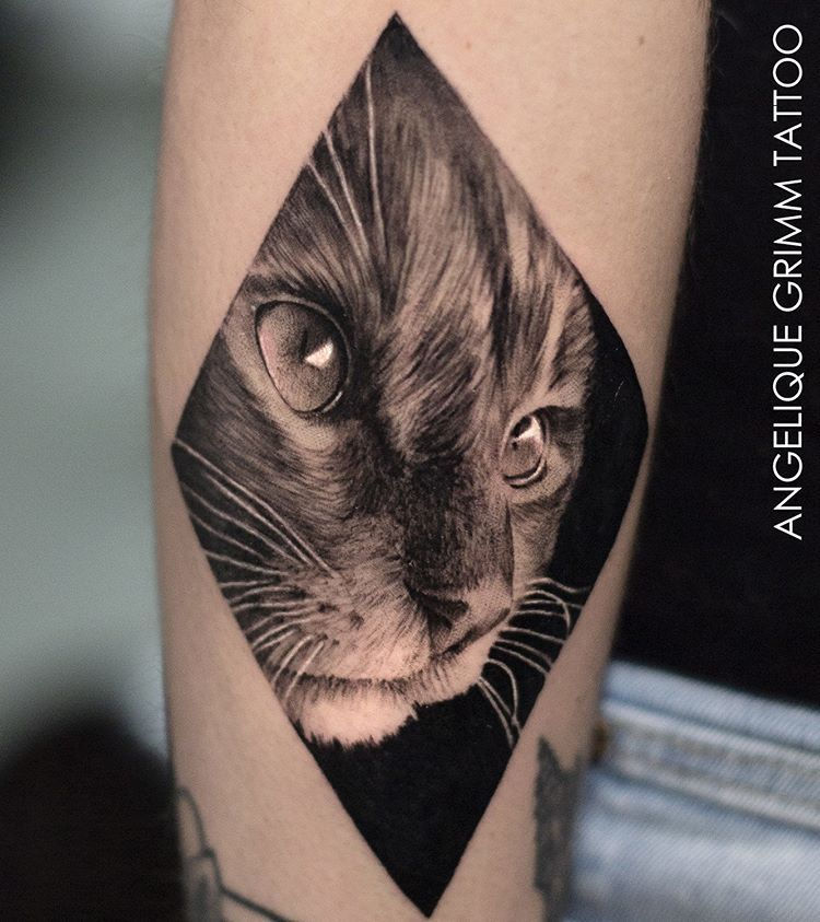 Amazing Cat Tattoo By Angeliquegrimmtattoolocation Lausanne Switzerlandfollow Realistic Ink For More Amazing Cat Face Tattoos Cat Tattoo Cat Tattoo Designs