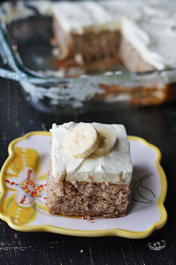 f5593d36bfc This banana cake with whipped cream frosting looks delicious!