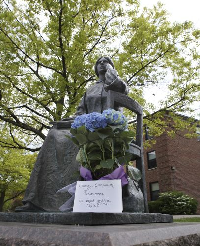 At The Foot Of The Elizabeth Blackwell Statue, A Bouquet ...